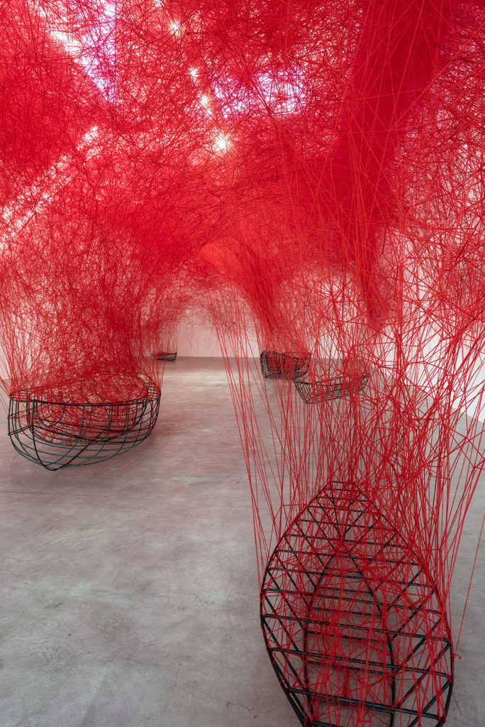 chiharu-shiota-uncertain-journey-2016-installation-view-courtesy-the-artist-and-blainsouthern-photo-christian-glaeser-3