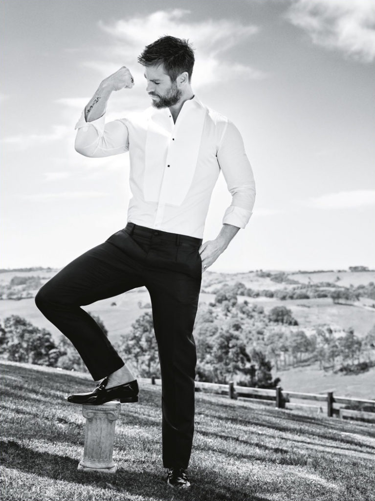 chris-hemsworth-2016-gq-australia-photo-shoot-006