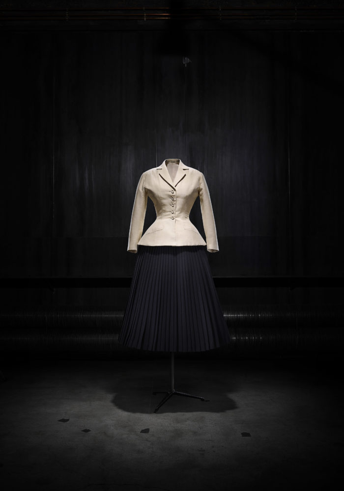 Christian Dior, Paris (fashion house); Christian Dior (designer); Bar, afternoon ensemble 1947 designed, (1987) made, Corolla (Corolle) line, spring–summer 1947 Dior Heritage collection, Paris. Photo © Laziz Hamani