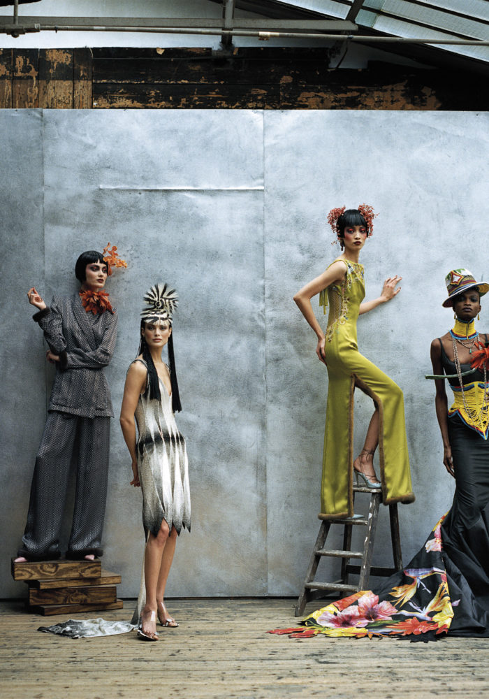 Christian Dior, Paris (fashion house); John Galliano (designer). Models wearing spring−summer 1997, featured in US Vogue, April 1997. Dior Heritage collection, Paris. Photo © Peter Lindbergh / Models: Christina Kruse, Shalom Harlow, Carolyn Murphy, Ling Tan and Debra Shaw